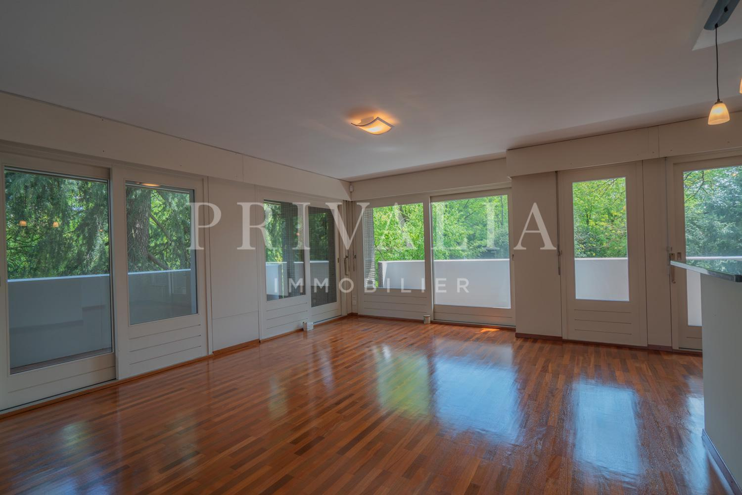 PrivaliaBeautiful apartment in the residence of Cologny Parc